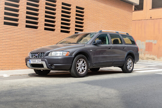 SABADELL, SPAIN-APRIL 6, 2021: 2003 Volvo XC70 (post facelift) 2.4D awd, Cross Country (Second Generation)