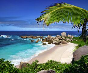 Fototapeta Plage de rêve aux Seychelles