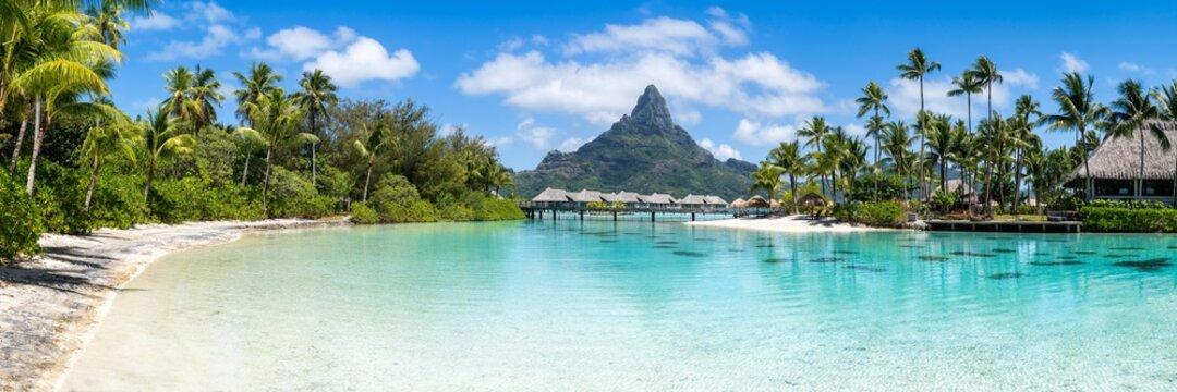 Panoramic view of the Bora Bora atoll in French Polynesia