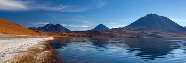 Fototapeta Miscanti Lagoon high on the altiplano - Atacama Desert - Chile