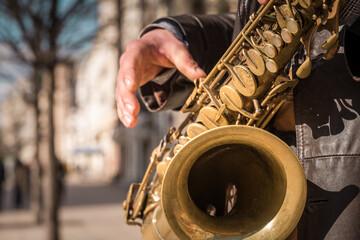 Fototapeta Mężczyzna grający na saksofonie, saksofon, jazz