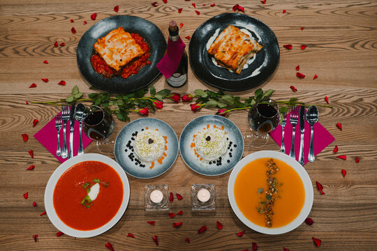 Valentine's Day catering Lasagna Tiramisu pumpkin soup