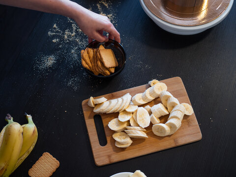 Ingredients for a shortbread cake with banana and caramel,