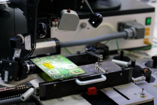 professional printed circuit boards repair machine