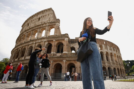 Italy eases COVID-19 restrictions, in Rome