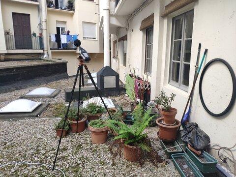 Medición de ruido ambiental por salida de ventilación en patio de manzana