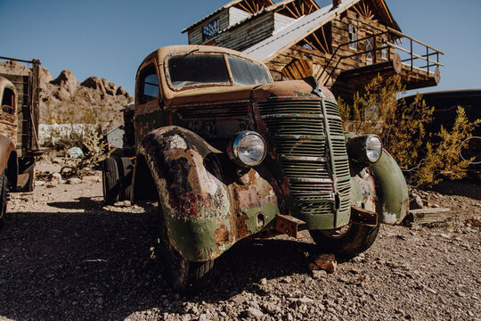 Amerika | Verlassener Oldtimer in Geisterstadt