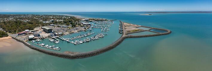 Fototapeta Aerial panoramic views of Hervey Bay marina in Hervey Bay, Queensland, Australia obraz