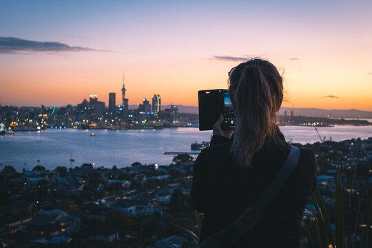 atardecer, mar, acuático, sol, silueta, cielo, oceáno, ciudad, viajando, amanecer, playa, mujer, naturaleza, paisaje, lago, noche, fotografa, impresiones, anochecer, río, joven, anochecer, nube, azul