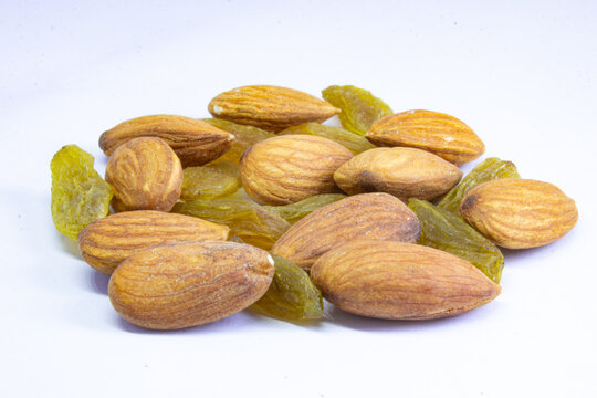 Dry fruits and nuts,Combination of cashew nuts, almonds nuts and raisins, healthy snack mixed nuts and dried fruits
