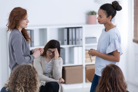 Women's issue support group for females with problems