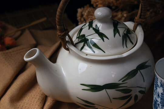 The porcelain teapot and cups