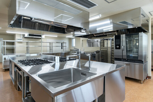 キッチン、菓子製造室