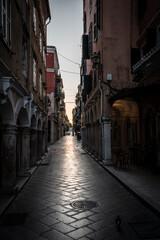 Fototapeta Wąskie uliczki miasta Korfu obraz
