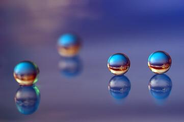 Fototapeta Krople, kule 3D - wodne kulki abstrakcja obraz