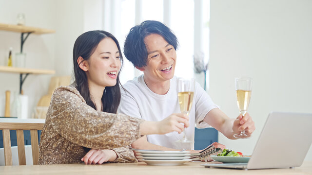 オンライン飲み会イメージ ZOOM飲み会