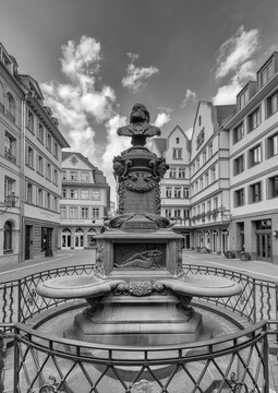 Stoltze fountain at the chicken market in the reconstructed historic old town, Frankfurt, Germany