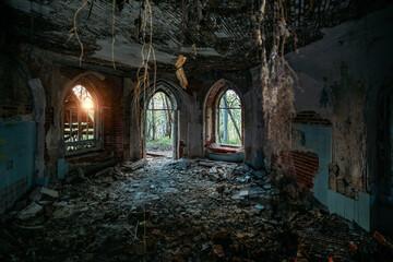 Obraz Inside old ruined abandoned historical Khvostov's mansion in Gothic style - fototapety do salonu