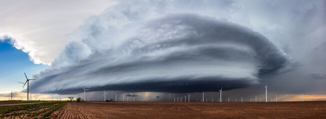 Wall Murals Pale violet Panoramic view of a supercell thunderstorm