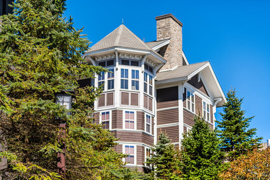 Apartment condo condominium building lodge building in Snowshoe, West Virginia small ski resort town village with pine trees