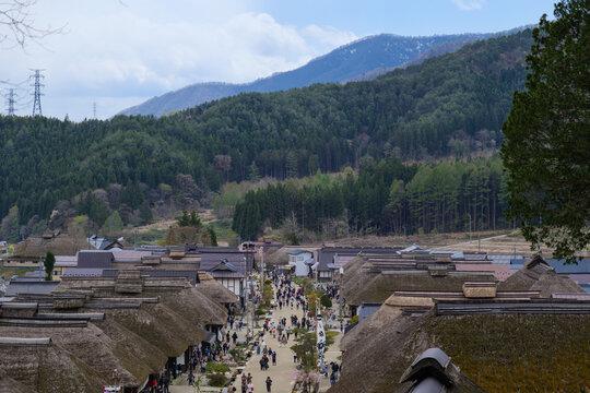 江戸時代の町並みの大内宿