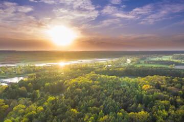 Rzeka Bóbr w okolicach miasta Żagań.