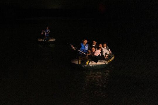 Asylum-seeking migrants in Roma, Texas