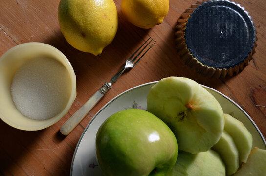 Ingredientes para una deliciosa tarta de manzana verde