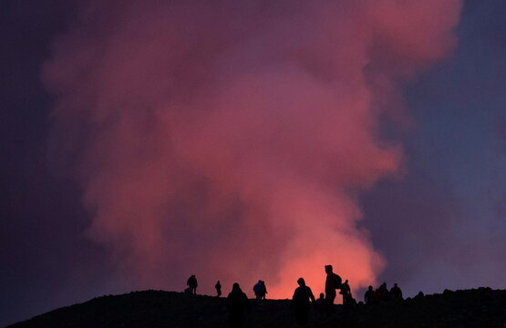 Lava erupts from the Fagradalsfjall volcano on the Reykjanes Peninsula