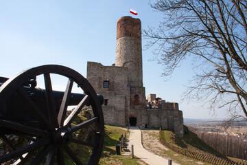 Obraz Zamek w Chęcinach koło Kielc, Góry Świętokrzyskie, Polska - fototapety do salonu