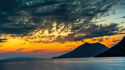 Fototapeta Widoki na chorwackie wyspy na Adriatyku o zachodzie słońca obraz