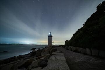 Obraz 夜の伊良湖岬灯台 - fototapety do salonu