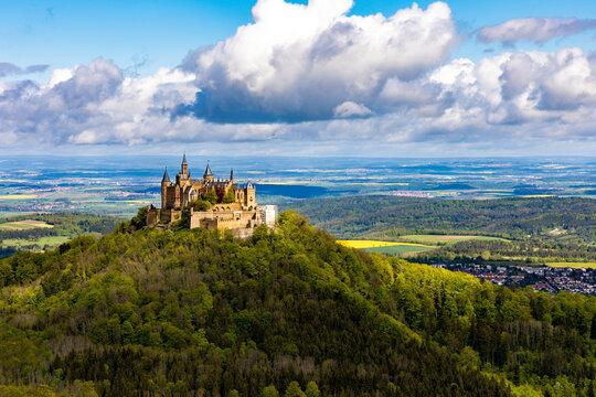 Burg Hohenzollern im Frühsommer