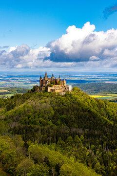 Burg Hohenzollern im Frühling