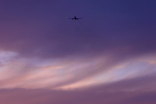Commercial airlones depart San Diego , California