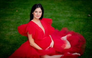 Obraz kobieta w ciąży - fototapety do salonu