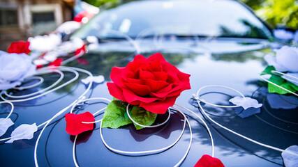 Fototapeta ślub piękne obrączki para młoda samochód kwiat obraz