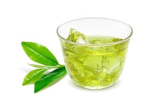 グラス 緑茶 飲み物 イラスト リアル 茶葉あり 氷