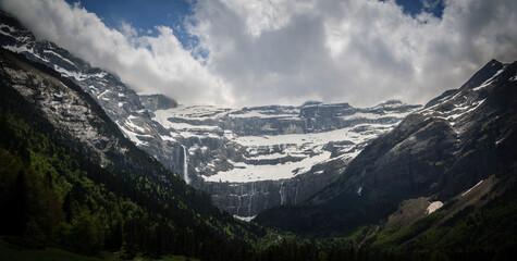 Grande Cascade Waterfall in Gavarnie mountain cirque (Pyrenees National Park, Midi-Pyrénées, France) Wall mural