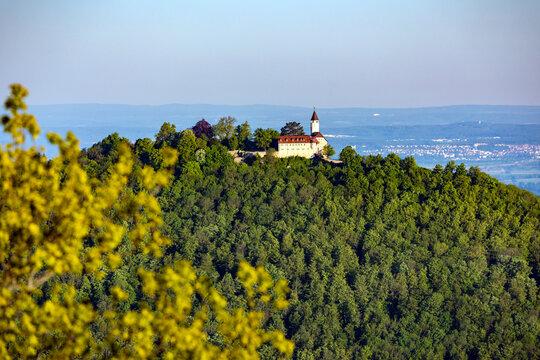 Burg Teck aus Sicht vom Breitenstein