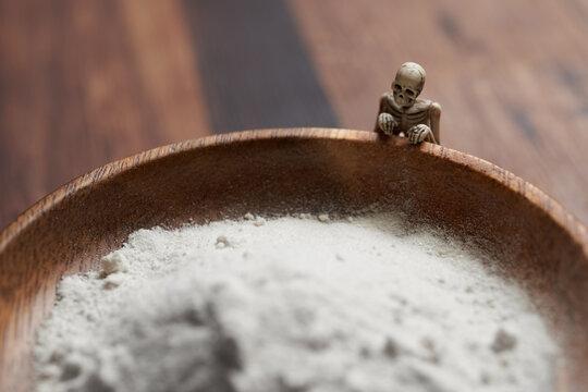 薬と骸骨のイメージ