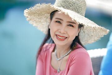 Fototapeta Portrait Of A Smiling Young Woman obraz