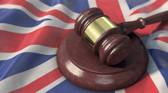 Richterhammer liegt auf UK-Flagge