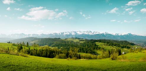 Fototapeta Panorama of snow-capped Tatry Mountains on Podhale in Poland obraz