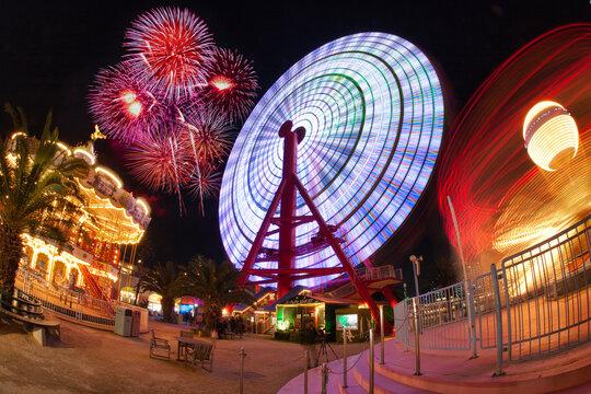 amusement park 夜の遊園地