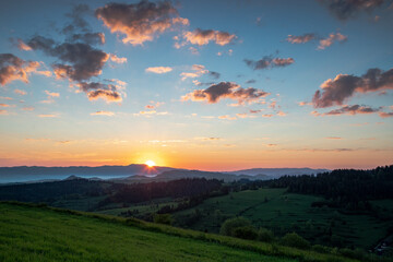 Fototapeta Wschód słońca nad Gorcami obraz
