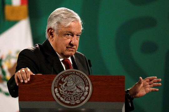 Mexican president says he will not hike taxes