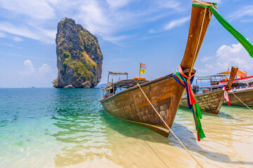 Obraz A view on Ko Mang Ta Ming from Poda island, Thailand - fototapety do salonu