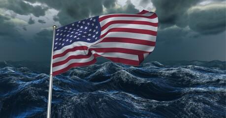 Samenstelling van wuivende Amerikaanse vlag tegen stormachtige lucht en zee