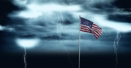 Samenstelling van wuivende Amerikaanse vlag tegen stormachtige lucht en bliksem